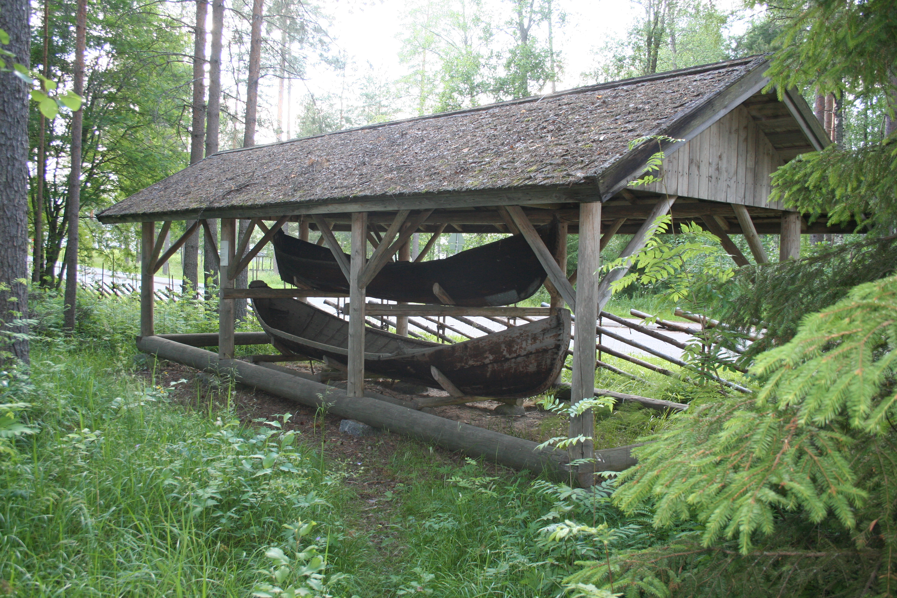 Veneet museokylässä